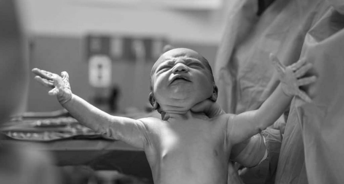 5 Benefits of Delayed Cord Clamping (DCC)